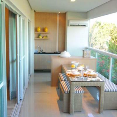 Дизайн балконов и лоджий: грамотно и со вкусом - фото 14