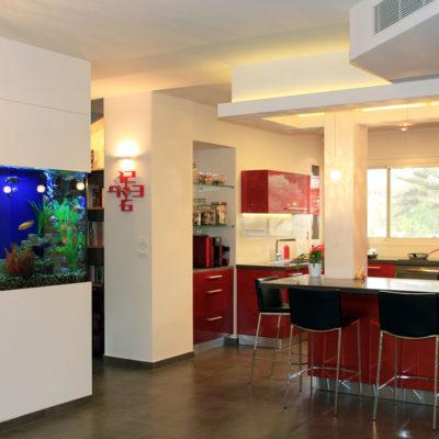 Аквариум в интерьере квартиры или дома - фото 3