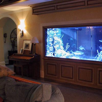 Аквариум в интерьере квартиры или дома - фото 7