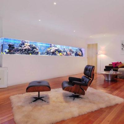 Аквариум в интерьере квартиры или дома - фото 20
