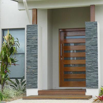 Входные двери: выбор элегантной стражи дома - фото 11