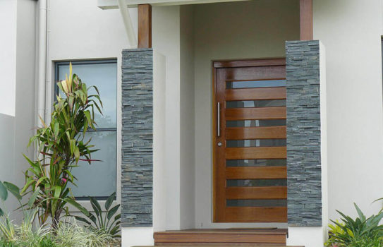 IMG 3082 543x350 - Входные двери: выбор элегантной стражи дома