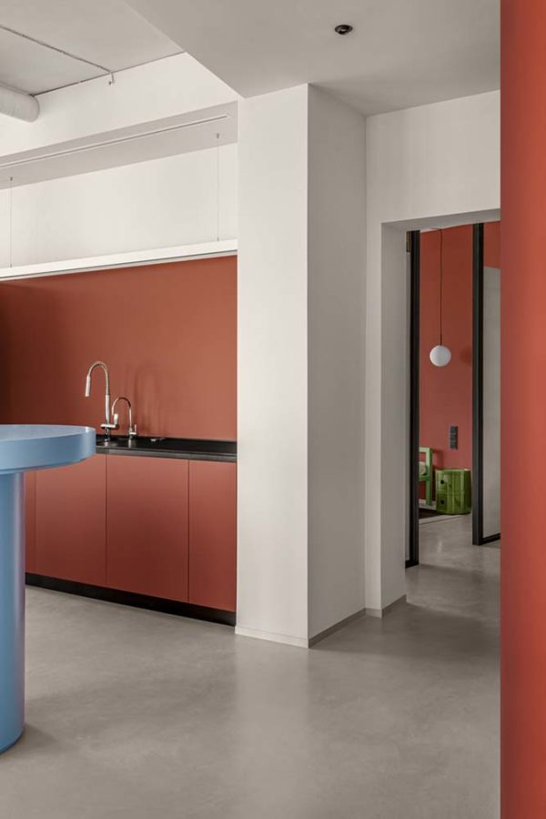 Дизайн интерьера апартаментов «Blue Terracotta» by Rina Lovko Studio - фото 19