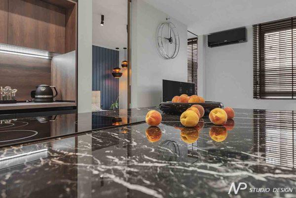 """Дизайн интерьера однокомнатной квартиры """"Контраст в самом центре города"""" by NP Studio Design - фото 5"""