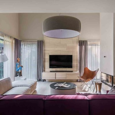 Интерьер дома коллекционера в стиле контемпорари by TSEH