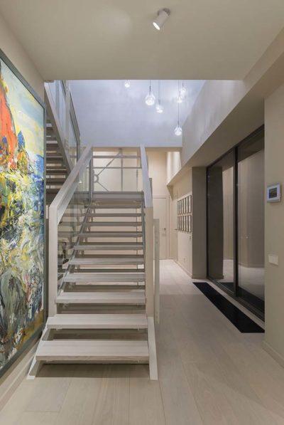 Интерьер дома коллекционера в стиле контемпорари by TSEH - фото 15