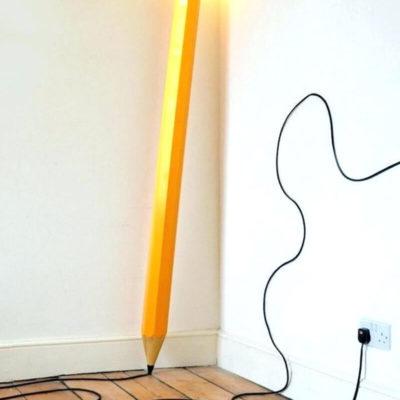 Прикольный светильник карандаш