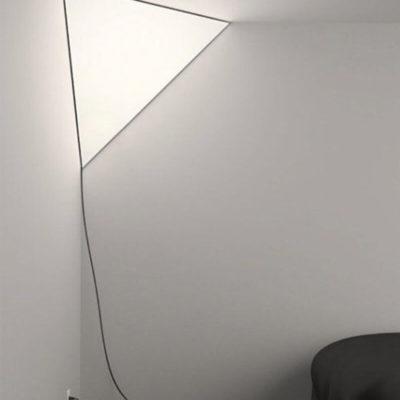 Дизайнерский светильник в виде змея
