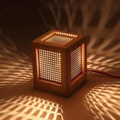 Красивый светильник в комнату