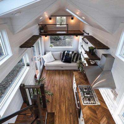 Высокие потолки в интерьере квартиры или дома - фото 12