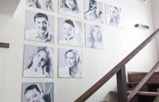 photo kollagh img 01 543x350 - Фотографии в интерьере: правильное оформление настенной галереи