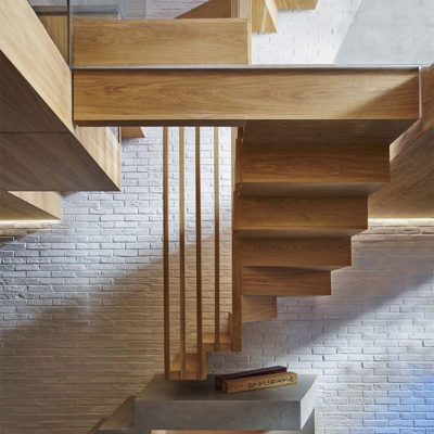 Пространство под лестницей: идеи использования с выгодой - фото 9