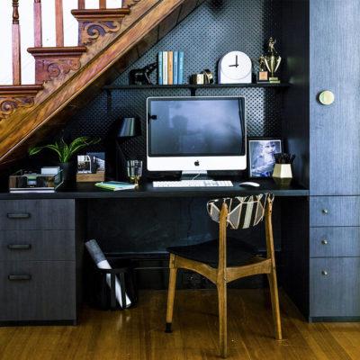 Пространство под лестницей: идеи использования с выгодой - фото 16