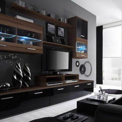 Гостиная в темных тонах и телевизором