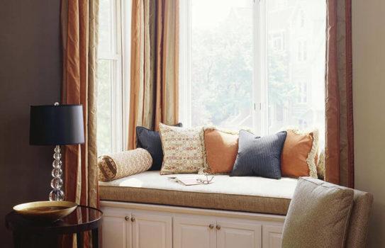 window seat img 01 543x350 - Оформление окон. Сделайте место у окна идеальным!