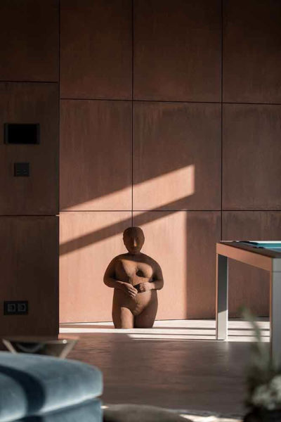 "Дизайн интерьера ""Yogo Apartment"" с железным характером by Sergey Makhno Architects - фото 3"